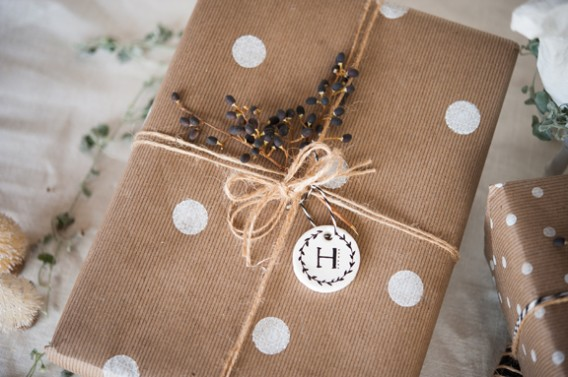 christmas packaging via kelly murray // weekly loves @ little bit heart